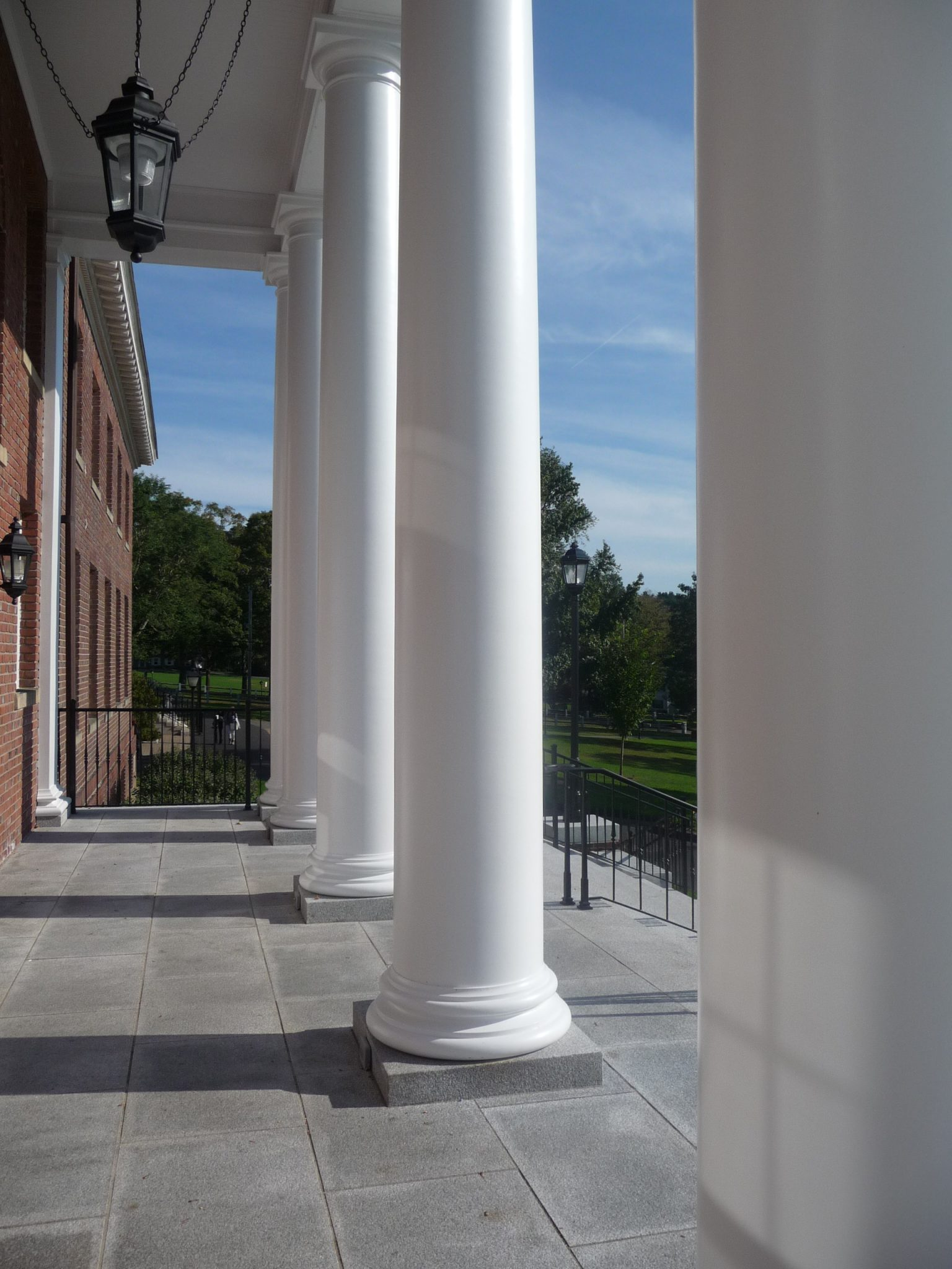 Pre assembled balustrade choate rosemary hall hill house for Round columns